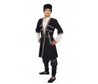 Азербайджанский мужской костюм